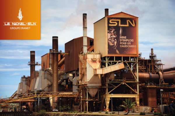 L'usine de traitement de nickel de la SLN à Nouméa. © Angela Bolis
